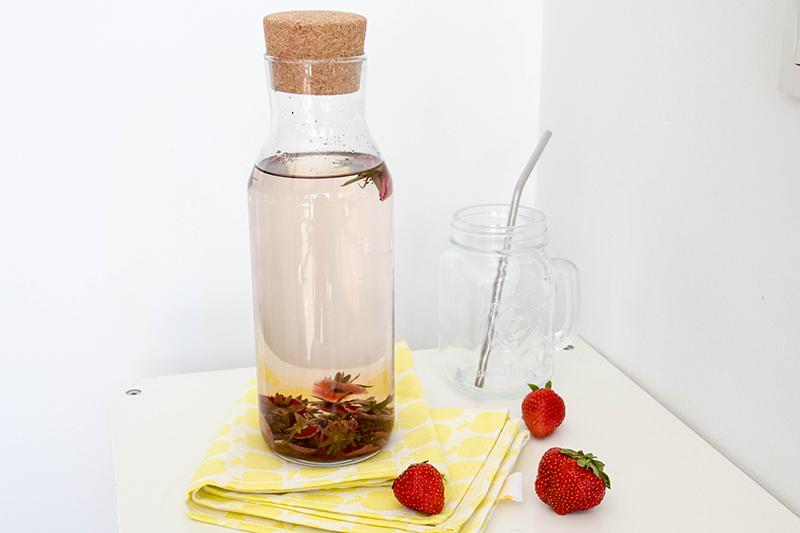 Eaux infusées : boisson rafraîchissante vanille fraise