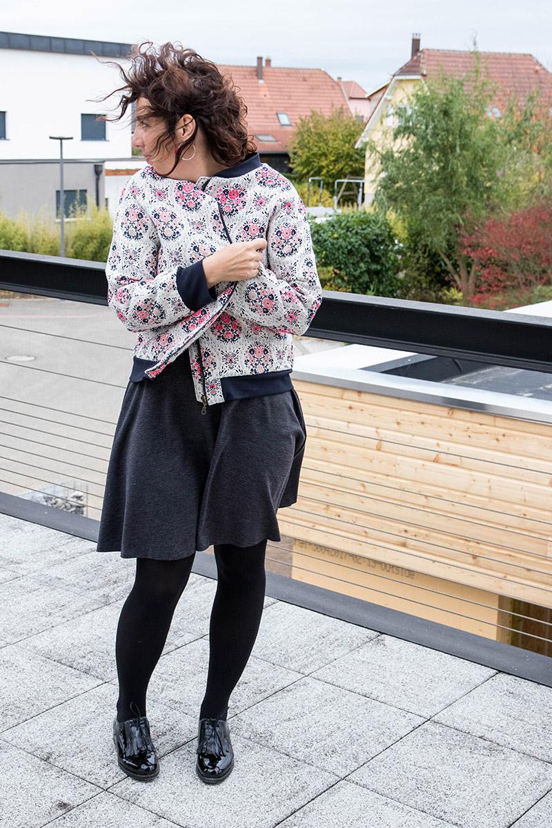 Bomber pour le défi je couds ma garde robe capsule 2017 Avril sur un fil #jecoudsmagarderobecapsule2017