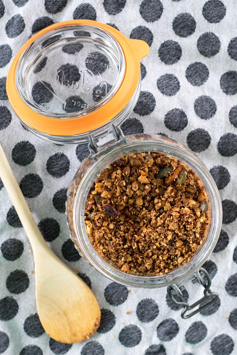 Du granola salé pour amener de la fantaisie dans ton assiette ! A tester de toute urgence !