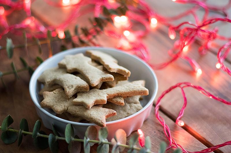 Sablés de Noël gourmands, épeautre châtaigne - Avril sur unfil