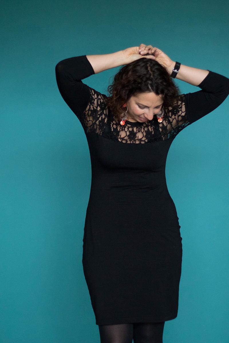 Petite robe noire, patron givre de Deer and Doe - Avril sur un fil