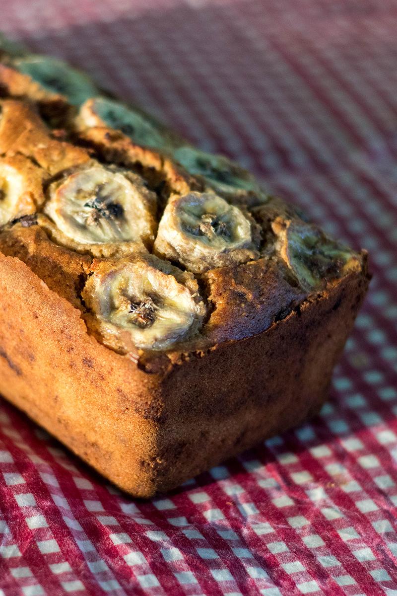 Banana bread aux pépites de chocolat - recette au thermomix ou pas - Avrils sur un fil