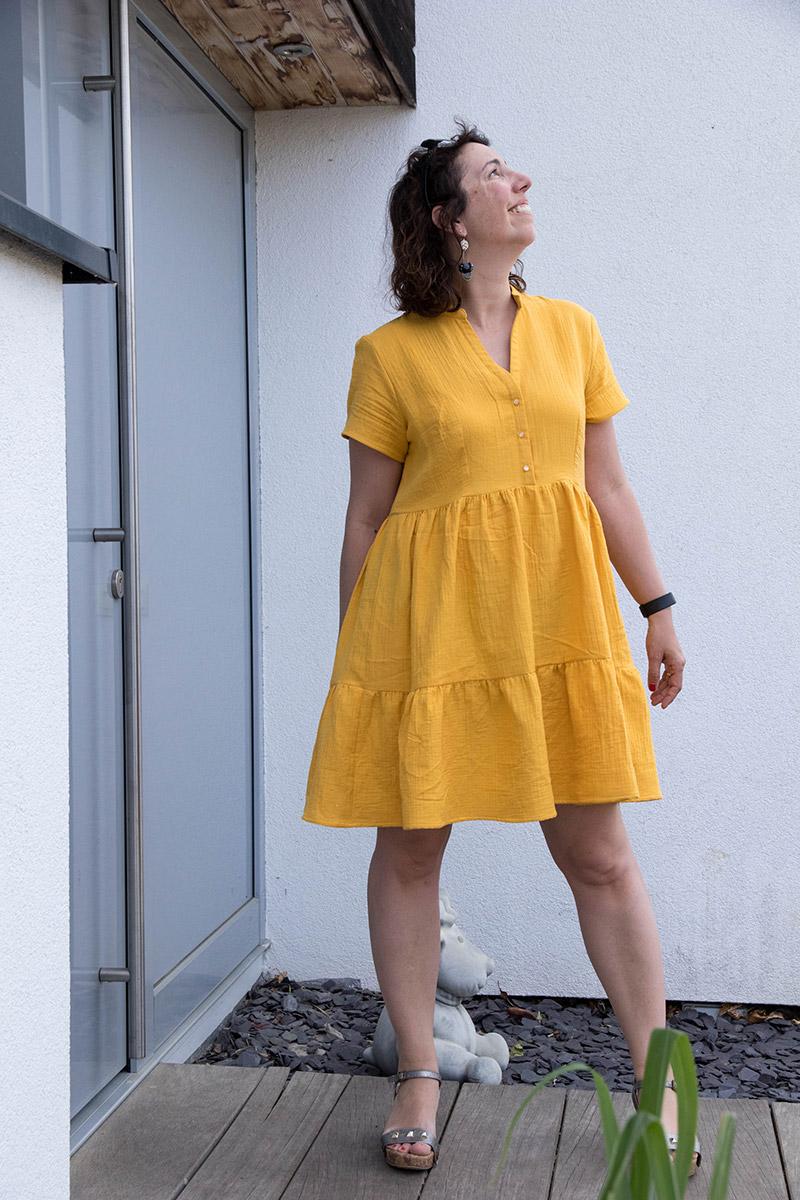 Découvre ma robe réalisée à partir du patron Myosotis de Deer and Doe - Avril sur un fil