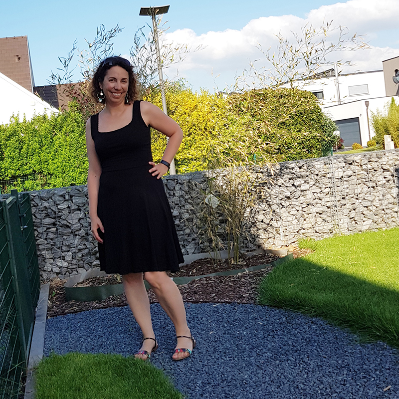 Me Made May 2018 - Jour 29 : Robe Moneta avec l'encolure du Basic One de ODV - Avril sur un fil