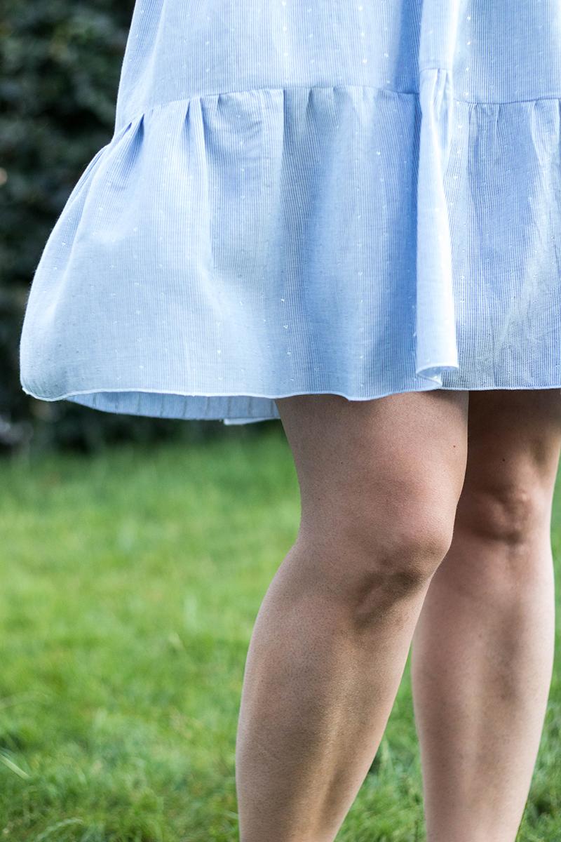 Couture : robe myosotis de Deer and doe à rayures bleu et blanc et pois argenté - Avril sur un fil
