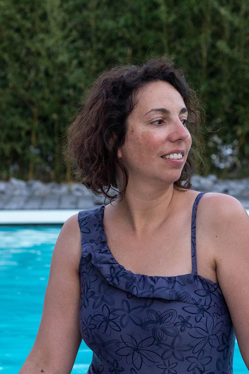 Couture : maillot de bain Calypso à volants, la revue de patron - Avril sur un fil