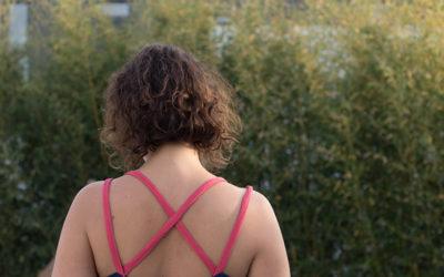 Couture : ma robe centaurée asymétrique pour un mariage à Marrakech