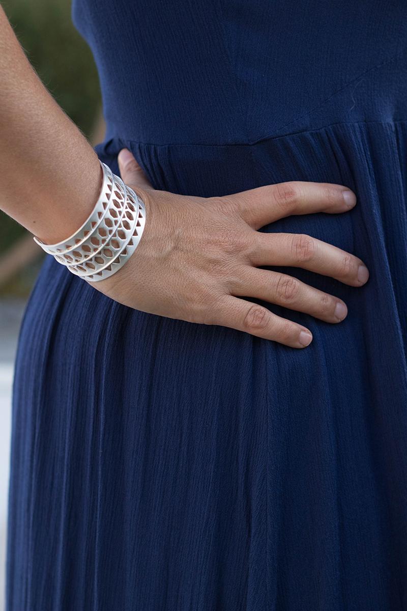 Une robe centaurée bleu Majorelle pour un mariage à Marrakech - Avril sur un fil