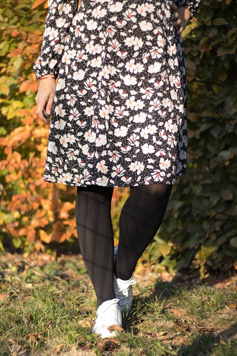 Détail de la jupe version courte de la robe Magnolia de Deer and Doe - Avril sur un fil