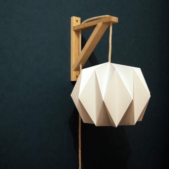 Idées cadeaux pour un noël plus éthique : Lampe suspsendue en papier Limyla