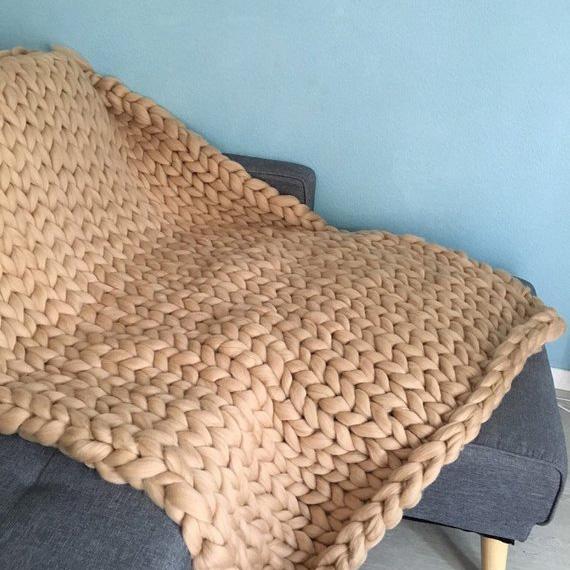 Idées cadeaux pour un noël plus éthique : un plaid en laine XXL Scandibohome