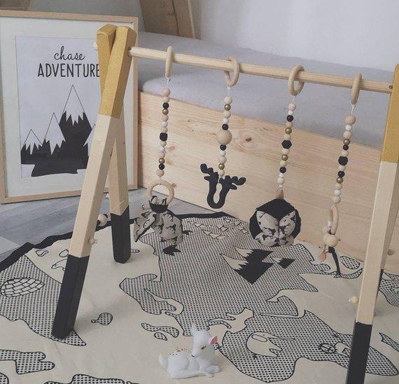 Idées cadeaux pour un noël plus éthique : un portique Au bonheur des Petits