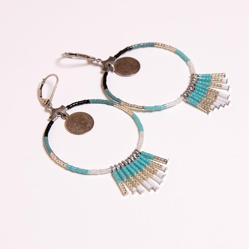 Atelier DIY bijoux : fabrique tes BO créoles bohème en perles Miyuki - Avril sur un fil