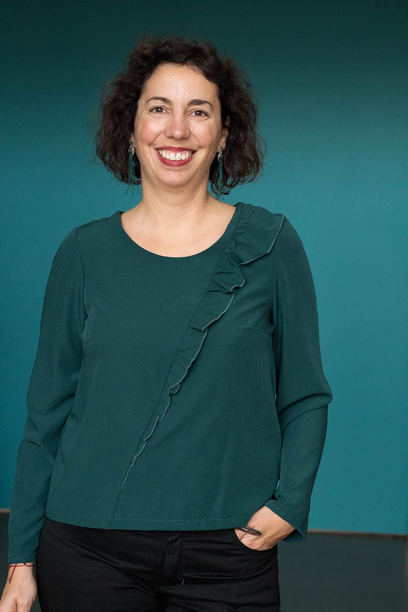 Couture : blouse à volant d'après le livre 1001 tuniques de Michèle Thénot - Avril sur un fil