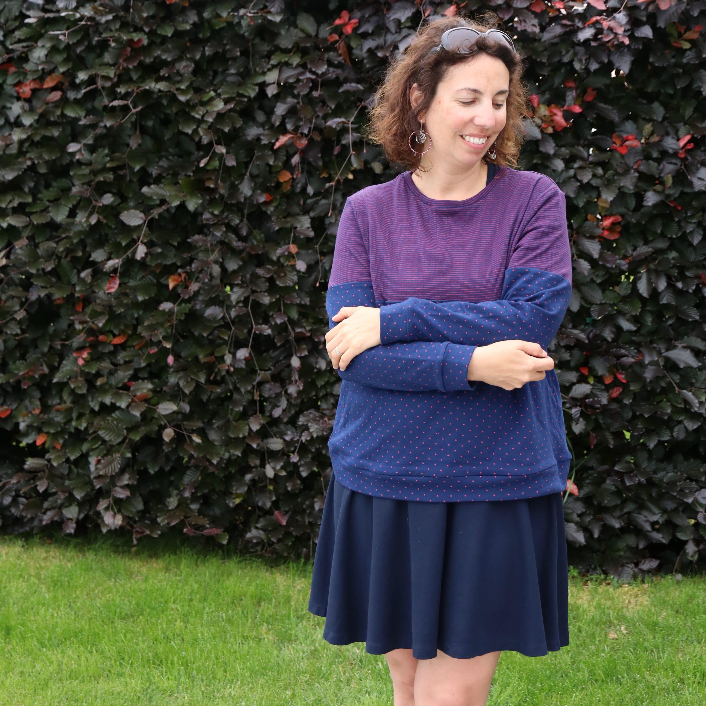 Atelier Couture : coudre le sweat Andrea de Petit PAtron entièrement à la surjeteuse - Avril sur un fil