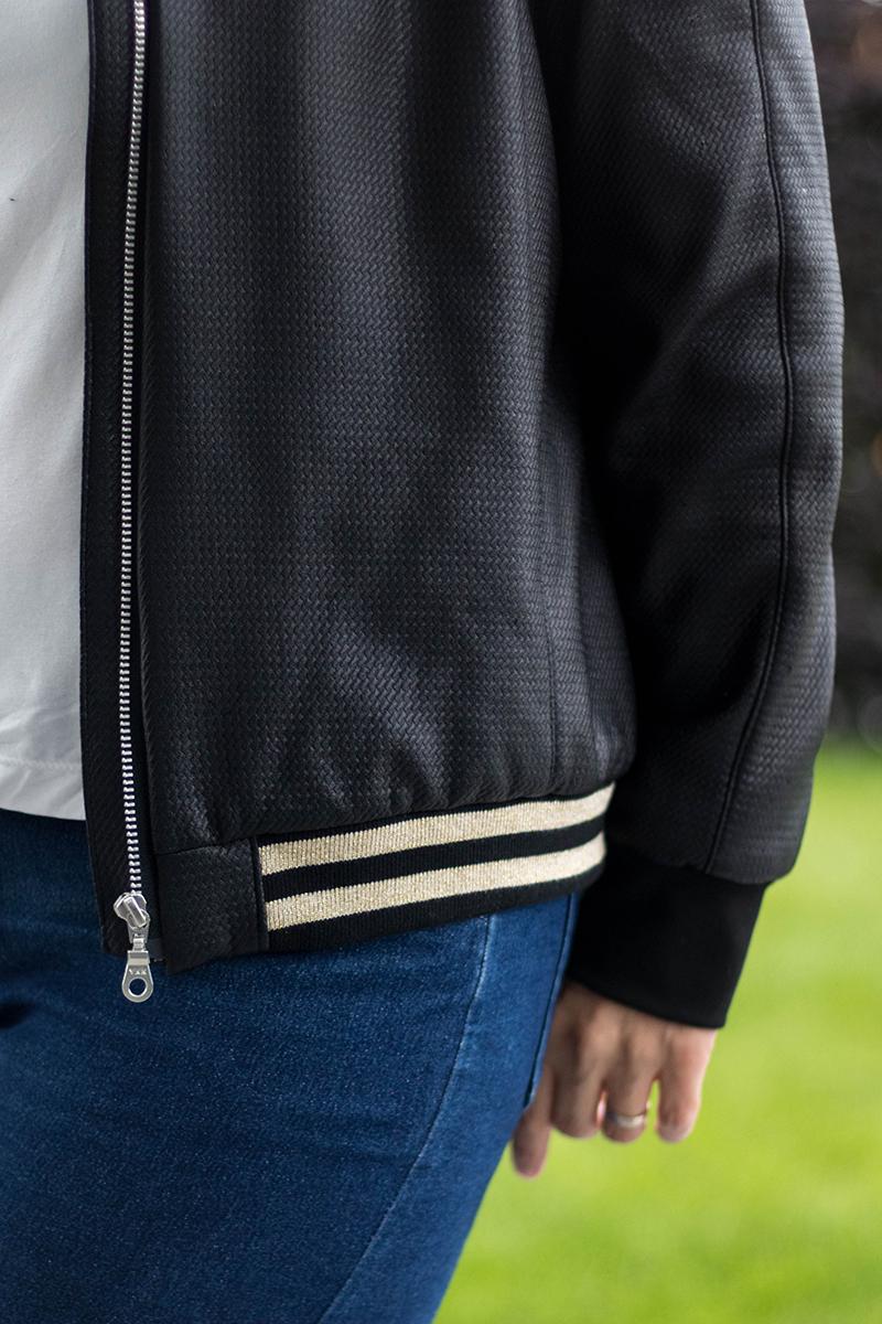 Couture : mon nouveau bomber / détail du cord côte - Avril sur un fil