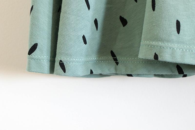 Détail tissu de ma robe - Avril sur un fil