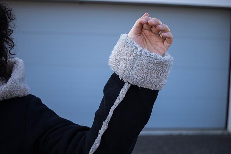 Détail coutures apparentes - Avril sur un fil
