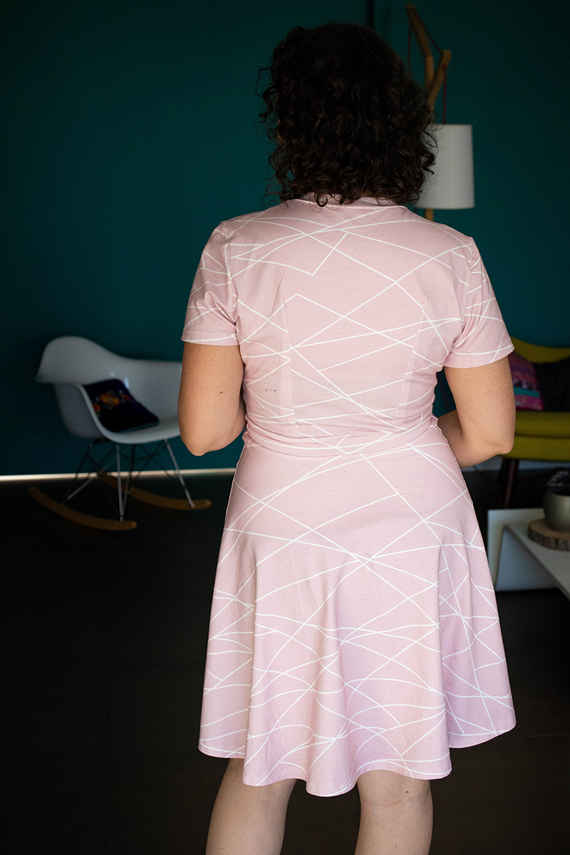 Ajout de pinces dos sur ma robe sirocco - Avril sur un fil