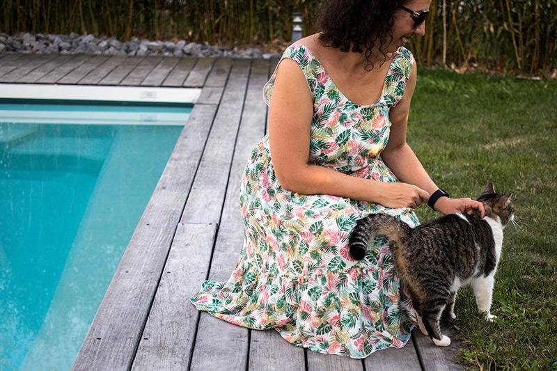 Une caresse entre deux photos pour le blog couture - Avril sur un fil